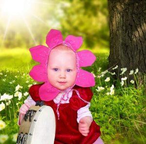 Detská čiapka v tvare kvetinky