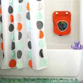 Vlastnoručne vytvorený kúpeľňový záves DIY