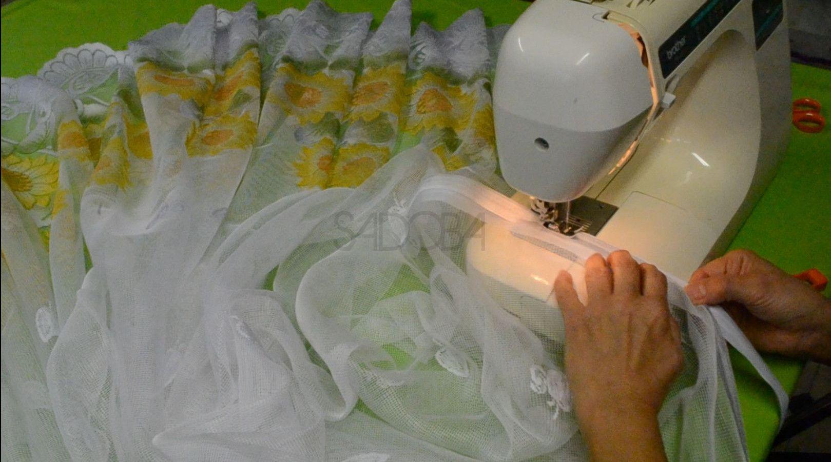 Ako prišiť riasiacu pásku na záclonu?